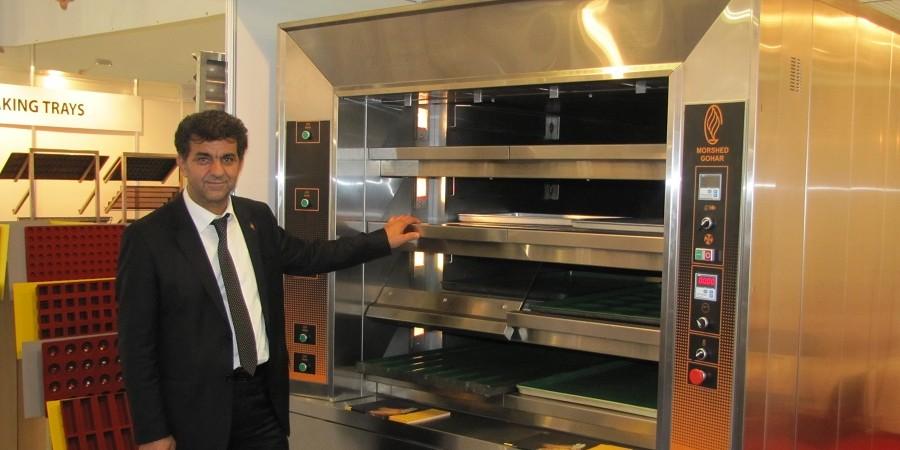 گفتگو با محمود مرشدی مدیرعامل شرکت ماشین سازی مرشد گوهر در حاشیه نمایشگاه شیرینی و شکلات