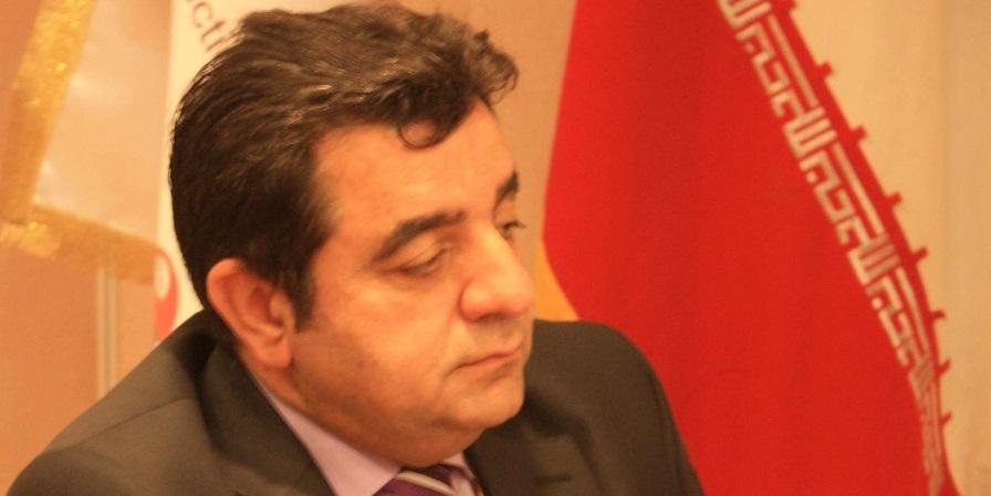 رئیس مجمع واردات:خروج دولت از بازار به نفع نظام است/ مشکلات اقتصادی با دستور حل نمیشود