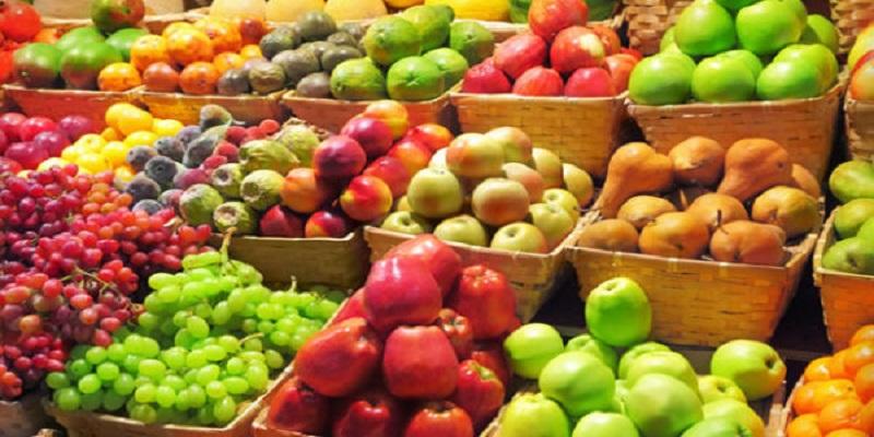 بهترین زمان برای خوردن میوه چه وقت است؟
