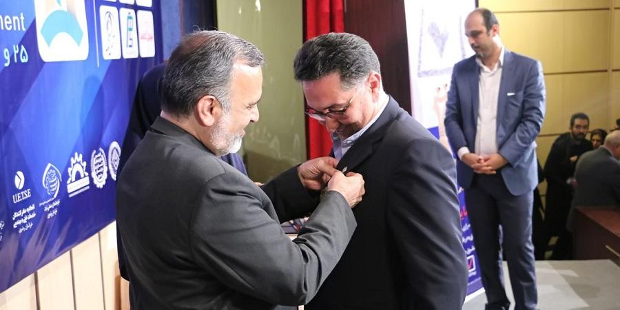 گروه زعفران سحرخیز نشان طلایی (مدالیون)را برای پنجمین سال متوالی از آن خود کرد.