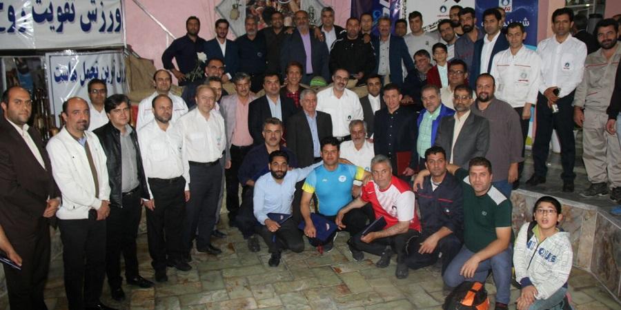 تجلیل از ورزشکاران و قهرمانان پگاه تهران به مناسبت مسابقات گرامیداشت شهدای مدافع حرم ، هفته دفاع مقدس و روز تربیت بدنی