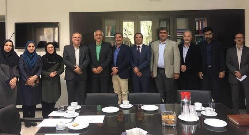 در نشست مشترک فدراسیون صنایع غذایی و کشاورزی ایران با استاندارد: تشکیل کارگروه مشترک سازمان ملی استاندارد با بخش خصوصی
