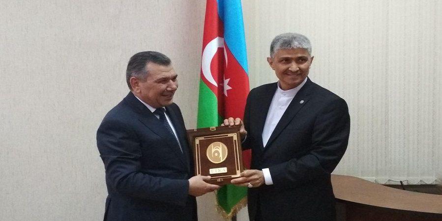 مدیر عامل سازمان اتکا :جمهوری آذربایجان دروازه ورود محصولات ایران به بازار قفقاز است