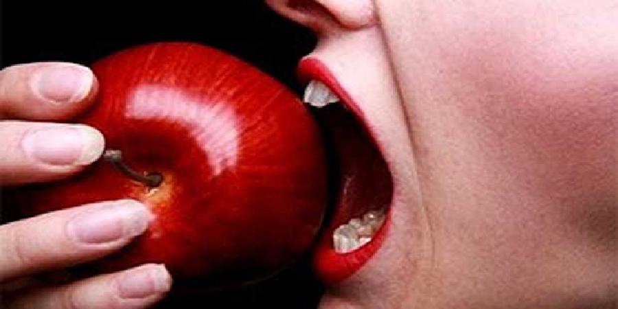 برای مقابله با افسردگی از چه مواد غذایی استفاده کنیم؟