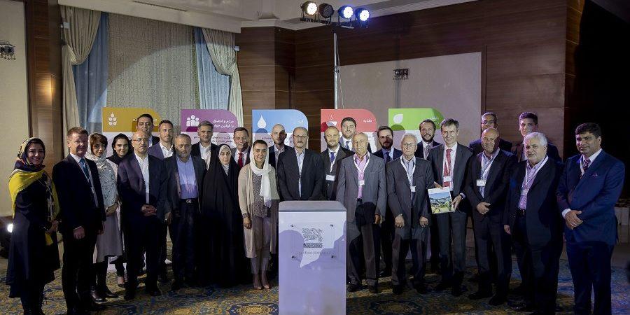 با انجام پروژه رایز، ایران موفق شد شیر خشک با استاندارد جهانی و فاقد آنتی بیوتیک تولید کند+گزارش تصویری