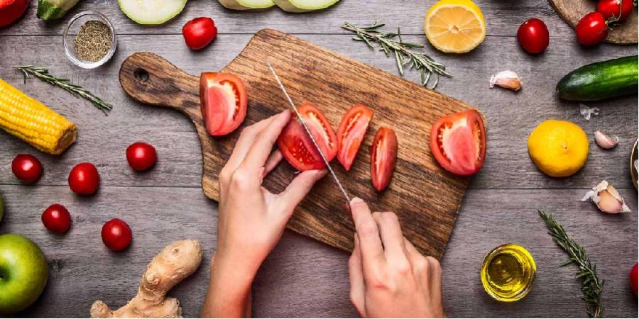 تسکین ریفلاکس معده با رژیم غذایی گیاهی