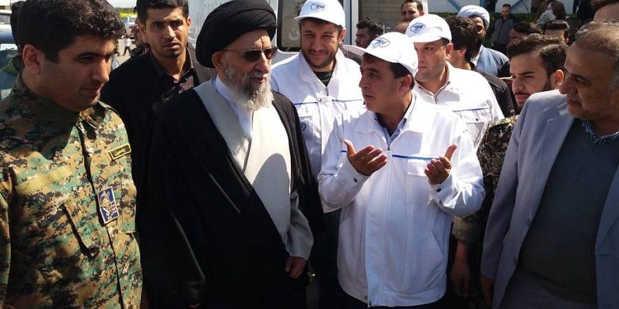 مدیرعامل شرکت صنایع شیر ایران در مناطق سیل زده استان گلستان حضور یافت + تصاویر