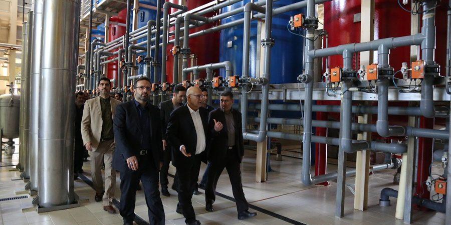 رئیس شورای قضایی استان البرزدربازدید از گروه صنعتی زر: قوه قضاییه نیز در دوران جدیدش نگاه حمایتی به تولیدکنندگان دارد