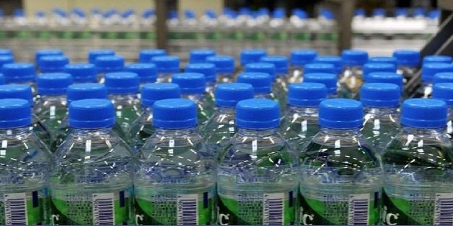 دبیر انجمن تولیدکنندگان آب بسته بندی:چالش امروز صنعت کشور نقدینگی است/ بانکها دیگر یاریکننده بخش صنعتی نیستند