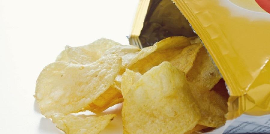 محققان استرالیایی هشدار می دهند؛ مضرات مصرف چیپس سیب زمینی در دوره بارداری
