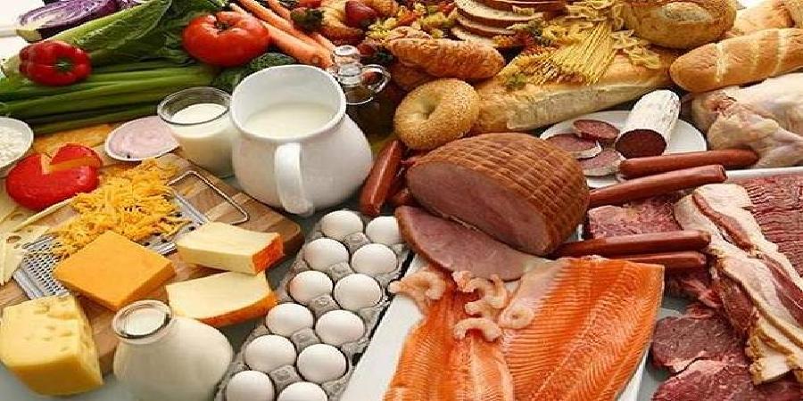 دبیر کل بنکداران مواد غذایی مطرح کرد:کمبود مواد غذایی نداریم/جزای گرانفروشان را با نخریدن بدهید