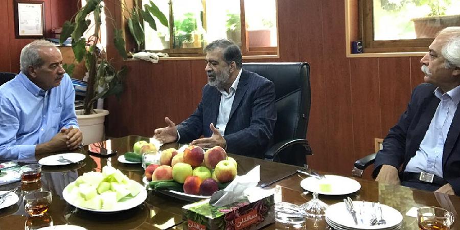 رئیس شورای کارآفرینان صدا و سیما از اولین و بزرگترین مجموعه پرورش ماهی استان البرز بازدید کرد