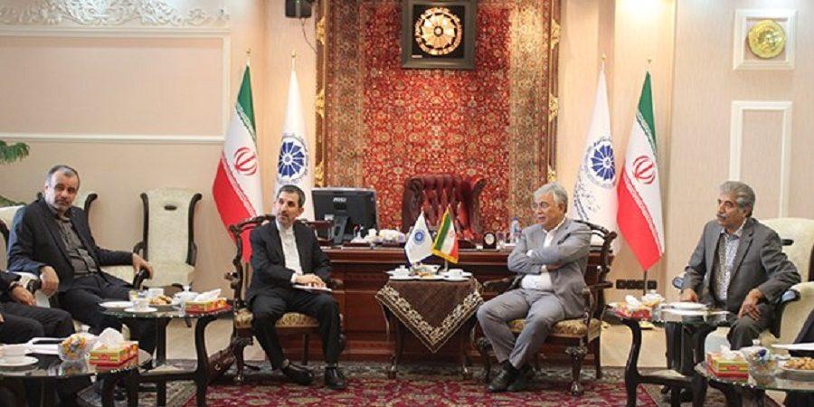 یونس ژائله در دیدار با سرکنسول ایران در جمهوری خودمختار نخجوان:دیپلماسی اقتصادی در خدمت توسعه روابط تجاری با همسایگان قرار گیرد