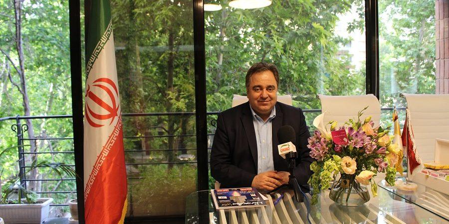 ویدئو / نوین زعفران ۲۸ ساله شد / پیام علی شریعتی مقدم مدیر عالی گروه بین الملل نوین زعفران به مناسبت سالروز تاسیس این شرکت